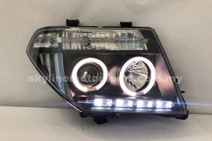 Nissan Navara 05-09 Projector H/L LED Ring Black