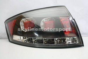 Audi TT 99-05 T-L LED Black