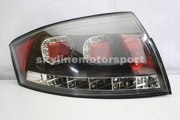 Audi TT 99-05 LED T/L Black