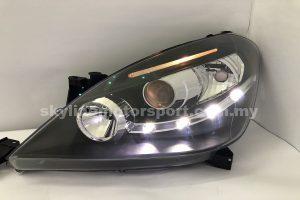 Toyota Innova 04-08 Projector H/L DRL LED Black