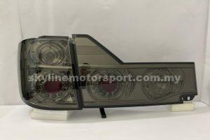 Toyota Alphard 02-05 LED T/L Smoke